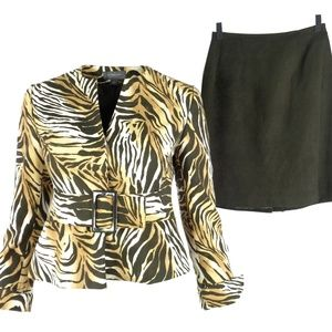 Liz Claiborne Skirt Suit Petite 2P Animal Print